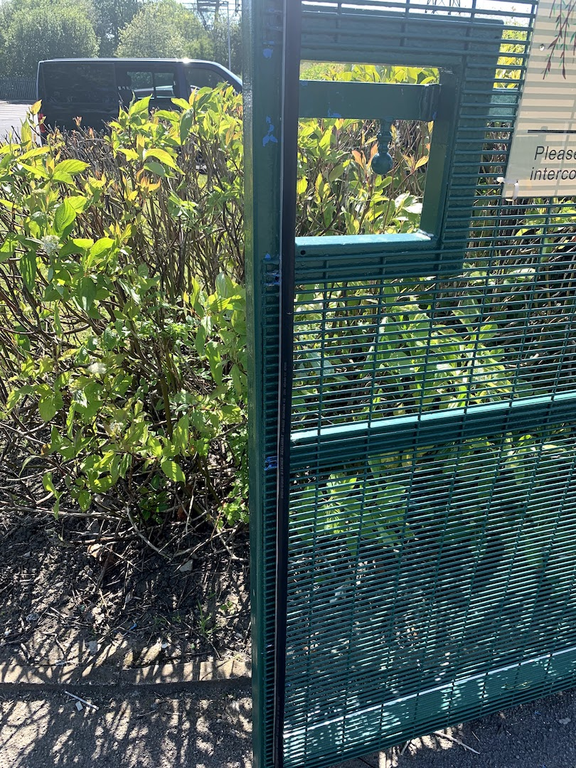 Willow Tree Auto Gate